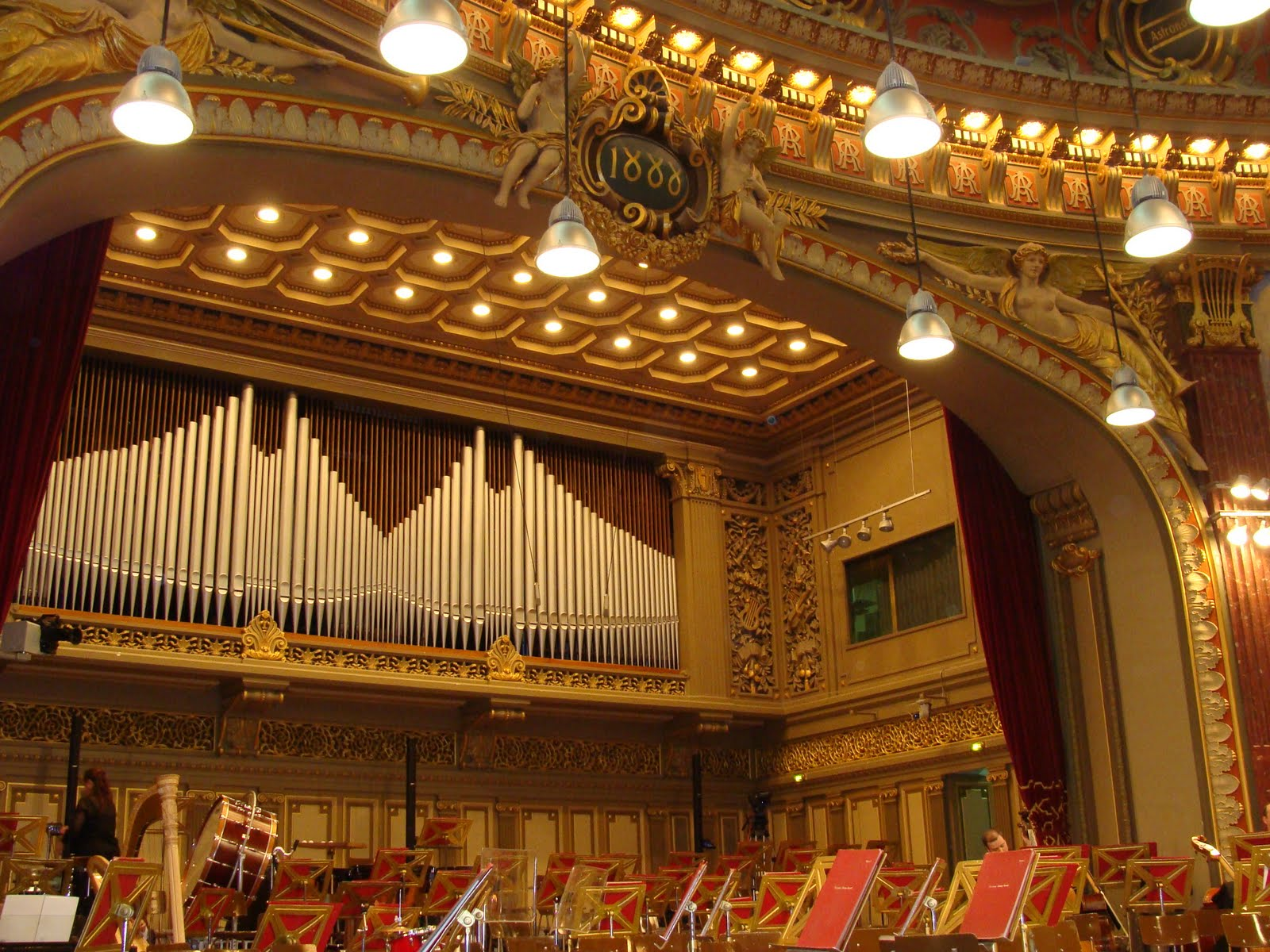 Romanian Athenaeum Organ. Photo mada
